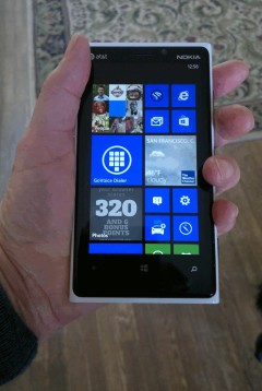 Good Looking and Easy To Hold - The Lumia920